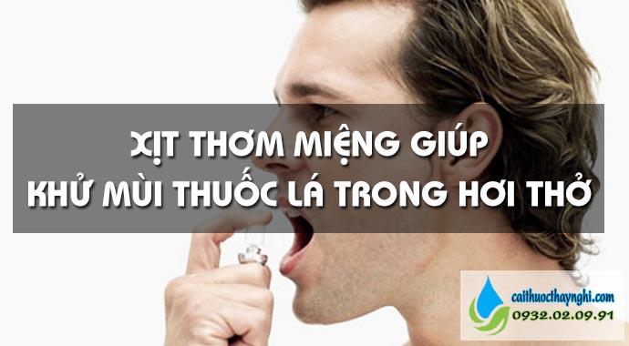 dùng xịt thơm miệng khử mùi thuốc lá trong hơi thở