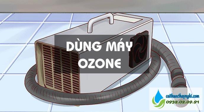 dùng máy ozone khử mùi thuốc lá trên ô tô