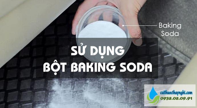 sử dụng bôt baking soda khử mùi thuốc lá trong ô tô