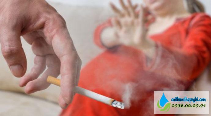 tác hại hút thuốc lá thụ động với phụ nữ có thai